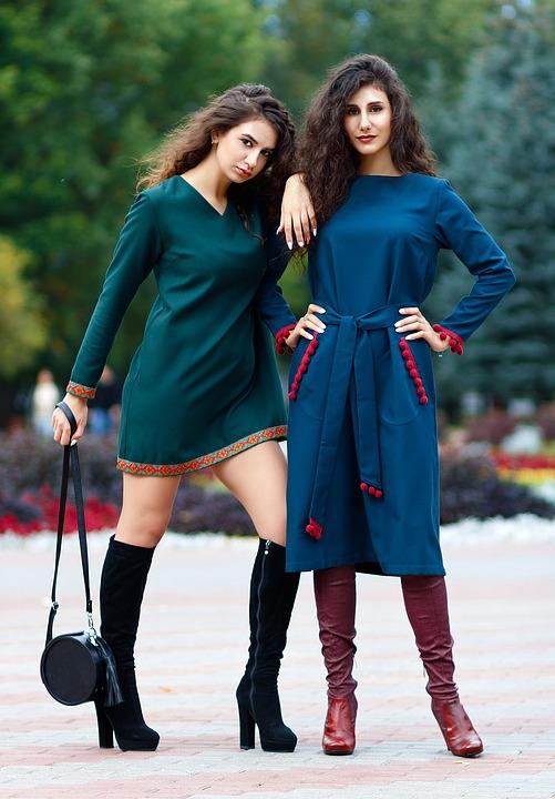 luźne sukienki damskie